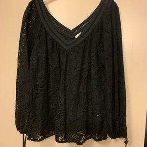 Black lace top from hinge